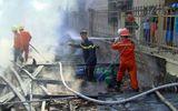 Bé gái 9 tuổi chết thảm trong đám cháy 3 căn nhà