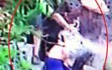 Bức xúc nhóm người xé quần, trói, đánh phụ nữ bất tỉnh