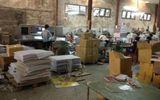 Triệt phá xưởng gia công sách lậu ngay giữa thủ đô