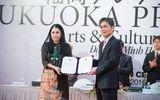 Nhà thiết kế Minh Hạnh nhận giải thưởng Fukuoka Prize 2015