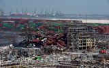 Dọn hoá chất độc tại hiện trường vụ nổ Thiên Tân