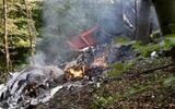 Tai nạn máy bay tại Slovakia: 7 người chết, 31 người nhảy dù thoát