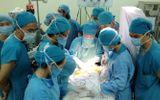 Hành trình vượt qua cửa tử của bé sơ sinh bị đâm xuyên sọ