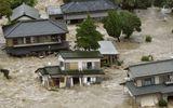 Nhật Bản: Lũ lụt khiến nhiều người mất nhà, nước nhiễm xạ tràn ra biển
