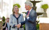 Ông Bill Clinton bênh vực phu nhân về bê bối email