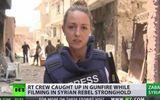 Nữ phóng viên xinh đẹp dũng cảm ghi hình nơi IS chiếm đóng ở Syria