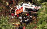 Tai nạn xe buýt kinh hoàng ở Nepal làm 65 người thương vong
