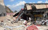 Bức tường lò vôi đổ sập vùi lấp 3 người tại Hải Phòng