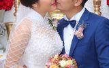 """Vân Trang ngọt ngào """"khóa môi"""" chú rể trong lễ đính hôn"""