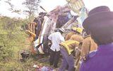 Xe buýt gặp tai nạn thảm khốc tại Zimbabwe, 31 người thiệt mạng