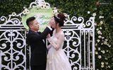 Á hậu Trà My xinh đẹp rạng rỡ, lộ rõ bụng bầu trong tiệc cưới
