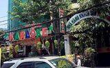 Nhân viên massage kích dục trong khách sạn vùng ven Sài Gòn