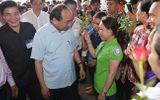Thủ tướng Nguyễn Xuân Phúc đối thoại với công nhân