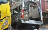 Quảng Ngãi: Xe khách va chạm với xe tải, 12 người thương vong