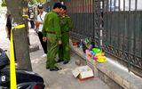 Trẻ sơ sinh bị bỏ rơi trước cổng bến xe Mỹ Đình