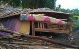 Lốc xoáy làm sập và tốc mái 20 căn nhà ở Kiên Giang