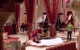 Cô dâu 8 tuổi P9 tập 82: Sanchi khốn đốn vì chiếc váy ngủ ở giường Saurabh