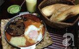 """""""Nuốt nước miếng"""" với bánh mì chảo ngon nổi tiếng Hà Nội"""