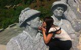 Nữ sinh hứng gạch đá cộng đồng mạng vì đăng ảnh lố