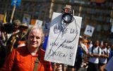 """Người dân Đức sục sôi, kêu gọi bảo vệ """"người thổi còi"""" Edward Snowden"""