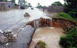 Vỡ đập, hàng ngàn hộ ngập lụt, ách tắc QL1A
