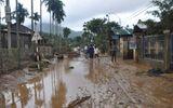 Quảng Ngãi: Cảnh tượng ngổn ngang sau trận lũ dữ