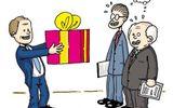 Nghiêm cấm tặng quà Tết cấp trên dưới mọi hình thức