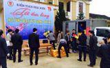 Kiểm toán Nhà nước tặng quà tết cho người dân vùng lũ