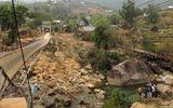 Lai Châu: Sập cầu treo khi đưa tang, ít nhất 8 người chết