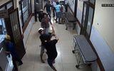 Nhóm côn đồ truy sát kinh hoàng trong bệnh viện