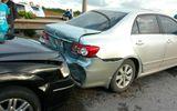 Sự kiện hàng ngày - Hà Nội: 5 xe đâm nhau liên hoàn trên đường cao tốc trên cao
