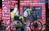 """Truyền Hình - Chung kết Đồ rê mí 2014: Xuân Bắc được """"bố"""" chở xe đạp đi học"""
