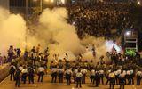 Hong Kong: Biểu tình lan rộng, cảnh sát phong tỏa khu vực