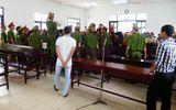 """Hỗn loạn sau phiên tòa xử vụ """"chống người thi hành công vụ"""""""