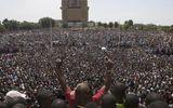 Tổng thống Burkina Faso từ chức sau 27 năm cầm quyền