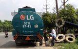 """Clip: Những thủ đoạn """"rút ruột"""" xăng dầu tại Nghệ An"""