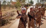 Hãi hùng cảnh IS huấn luyện chiến binh trẻ em