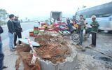 Xe đông lạnh gặp nạn, cá đổ tràn Quốc lộ 1A