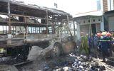 Xe khách giường nằm bốc cháy dữ dội trên Quốc lộ 1A
