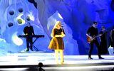 Video: Kelly Clarkson đốt cháy chung kết Hoa hậu Việt Nam 2014