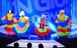 Truyền Hình - Ơn Giời cậu đây rồi tập 11: Các nam trưởng phòng múa váy sôi động