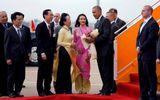 Cộng đồng mạng - Cô gái Sài thành chọn hoa sen chào đón Tổng thống Obama