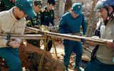 """Công binh di dời, hủy nổ quả bom """"khủng"""" 400kg trong khu dân cư"""