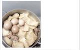 """""""Nàng dâu đảm"""" với món đậu phụ kho trứng cả vỏ nguyên quả"""