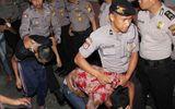 Indonesia thông qua luật hoạn kẻ ấu dâm