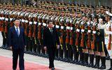Chủ tịch Trung Quốc tiếp Tổng thống Philippines Duterte