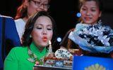 Việt Hương đón sinh nhật cùng Hồng Ngọc trên ghế nóng