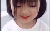 Cô bé mái tóc ngố siêu đáng yêu khiến nhiều người mê mẩn thế này đây