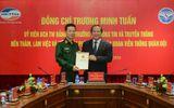 Bộ trưởng Trương Minh Tuấn trao giấy phép cung cấp 4G cho Viettel