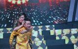 Việt Hương khóc như chưa từng khóc khi được Tấn Beo cõng